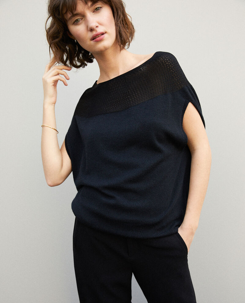 Whole Garment Pullover in Kugelform Noir Gelsa