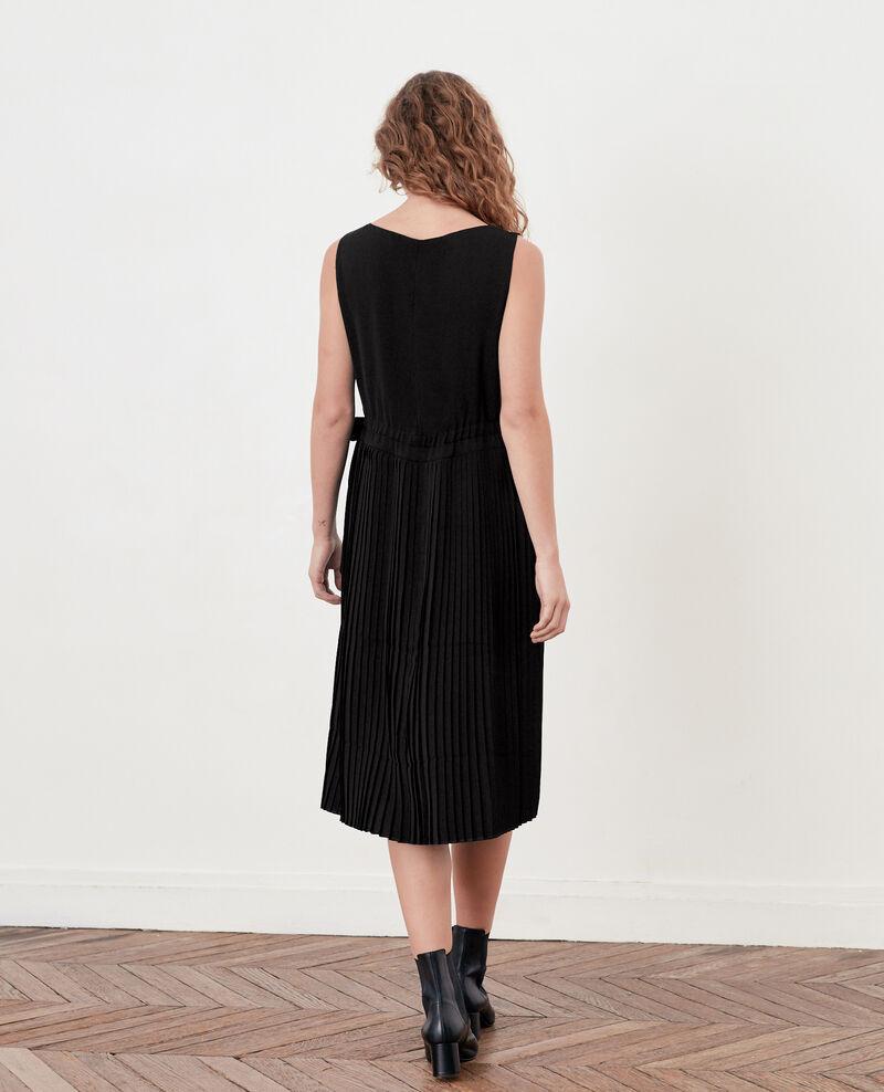 Kleid mit Plissee-Falten Noir Dosoleil