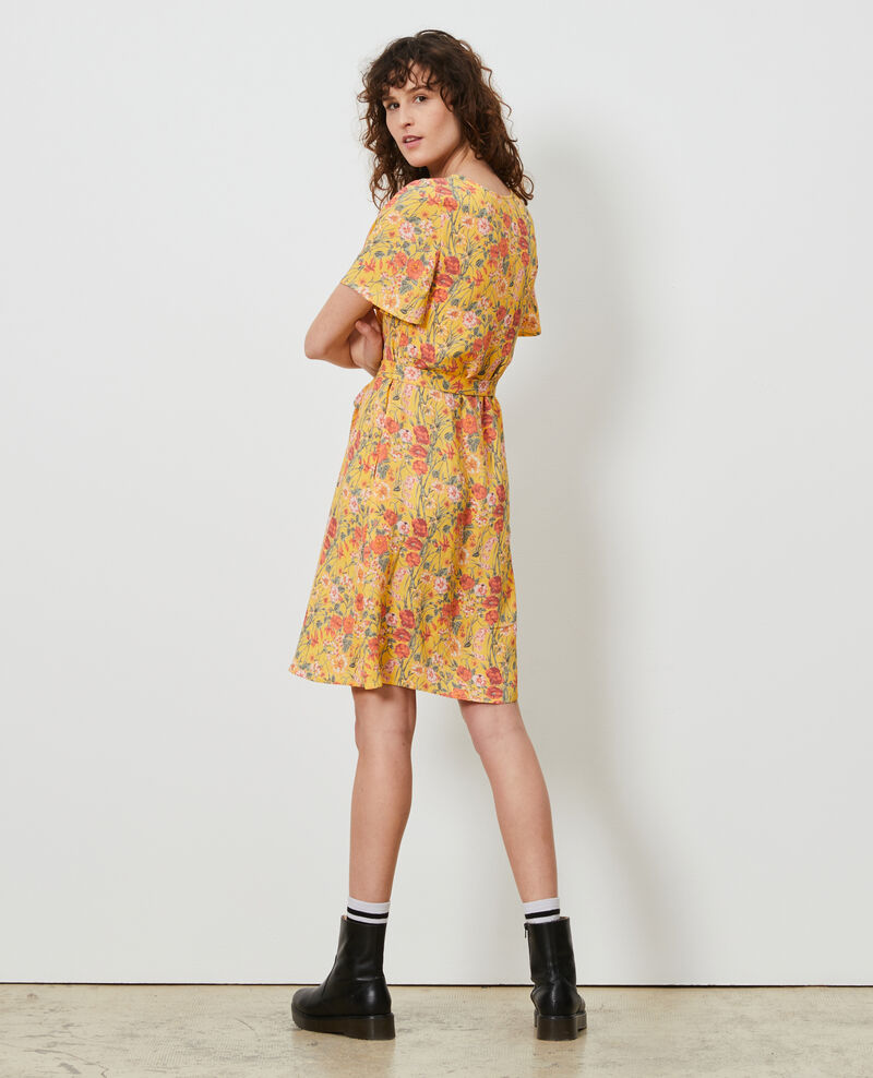 Kurzes gemustertes Kleid Ete gold small Nauvishort