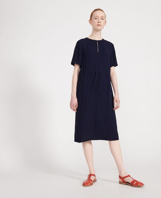 Gerades und fließendes Kleid MARITIME BLUE