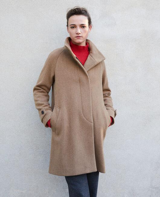 Mantel mit Stehkragen Beige