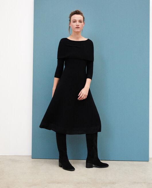 Whole Garment Kleid mit personalisierbarem Kragen Schwarz