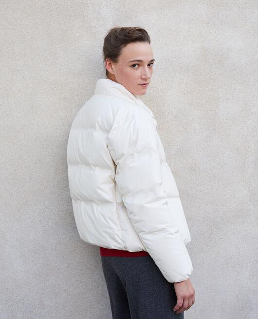 Sehr warme, gesteppte Daunenjacke  Weiß
