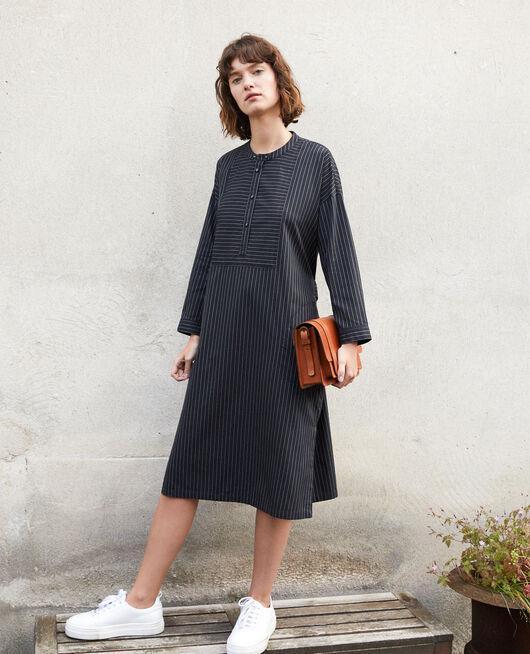 Kleid mit Mao-Kragen Schwarz