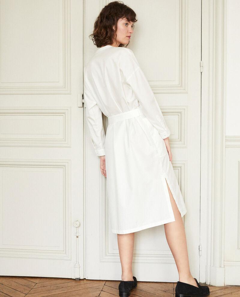 Kleid mit Plastron Weiß Gerrone