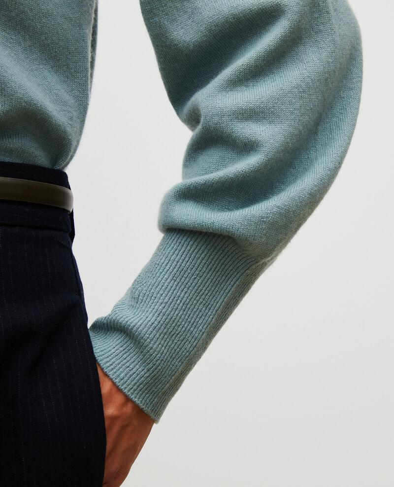Feiner Pullover aus 3D-Kaschmir mit V-Ausschnitt vorne und hinten Chinois green Manona