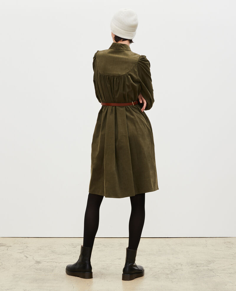 Weites Samtkleid mit Brusteinsatz  Military green Marcheville