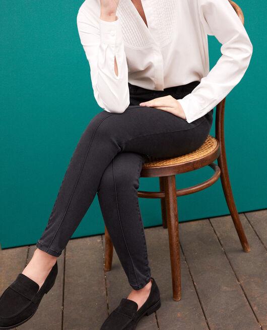 Skinny-Jeans mit 7/8-Cropped-Länge Schwarz