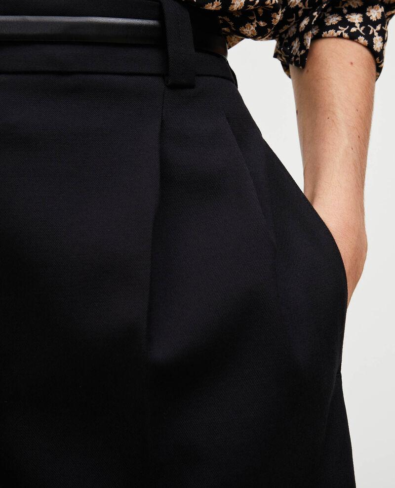 Weite Bermudashorts mit hoher Taille Black beauty Mercal