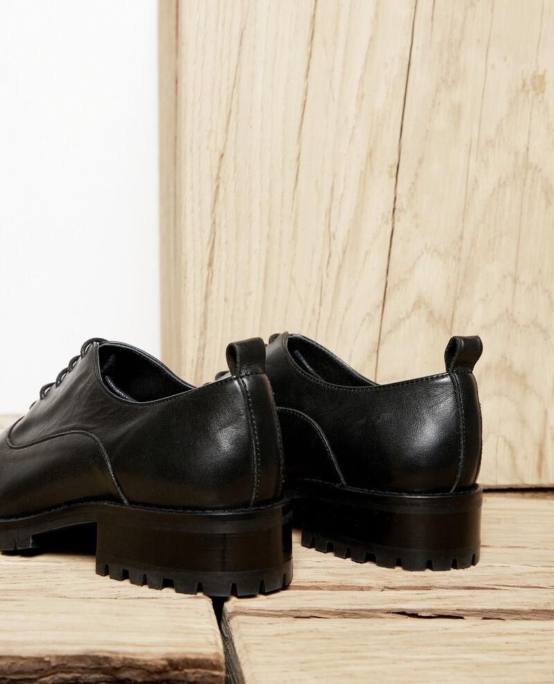 Derbier aus Leder Schwarz Noir Jaya