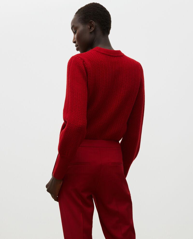 Wollpullover mit Rundhalsausschnitt und Zopfmuster in Ährenform  Royale red Marquise