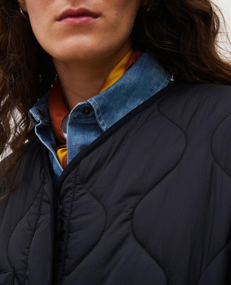 Daunenmantel mit V-Kragen  Black beauty Matoury