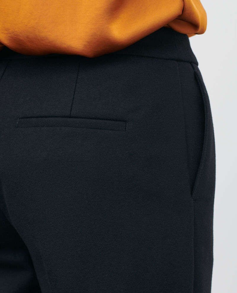 Hose MARGUERITE, unten eng zulaufende 7/8-Hose aus Wolle Black beauty Mokyo
