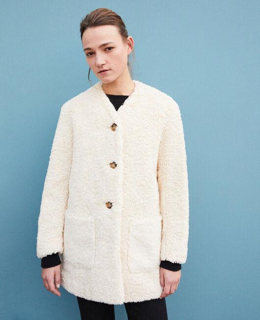 Mantel aus Pelzimitat OFF WHITE