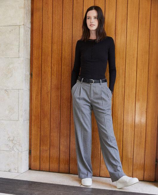 Hose mit weitem Schnitt Grau