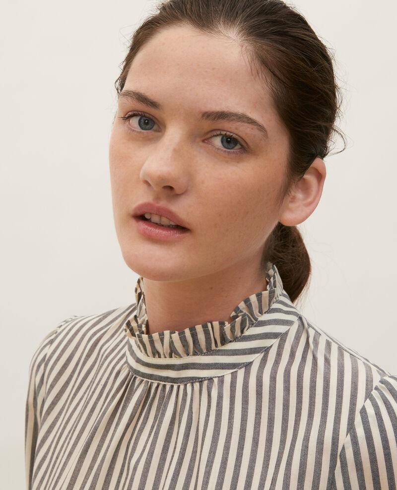 Bluse aus gestreiftem Seidenvoile mit Volantkragen Stripe grey offwhite Marchas