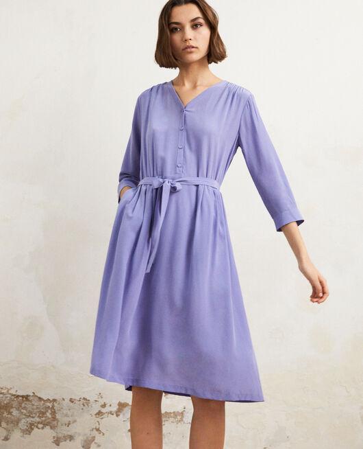 Kleid mit Midi-Länge mit Seide Violet
