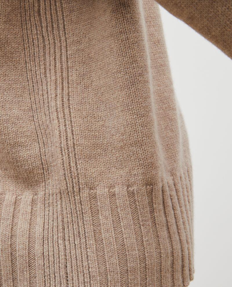 Wollpullover mit Stehkragen und breitem Rippstrick Latte Marques