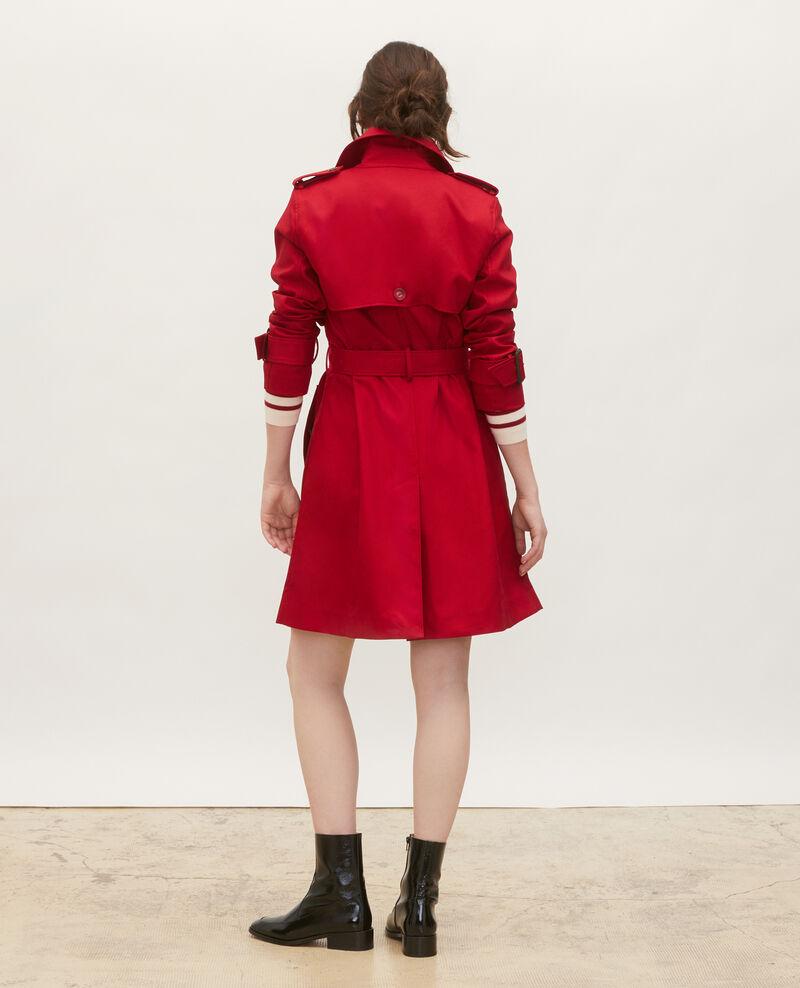 Mittellanger Trenchcoat aus Baumwolle mit Gürtel Royale red Mambert