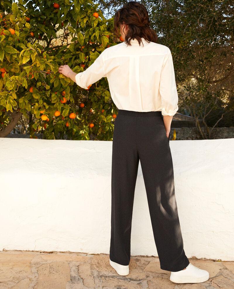 Pantalon coupe carotte fluide et léger Noir Ifondant