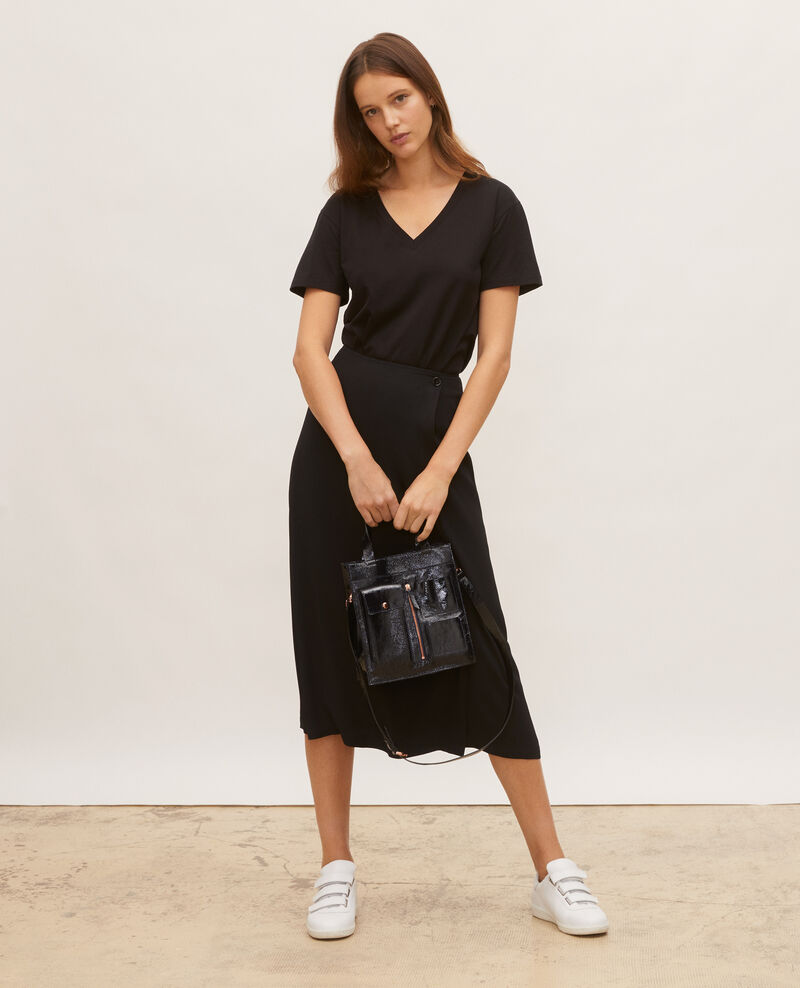 Kurzärmeliges T-Shirt aus Baumwolle mit V-Ausschnitt Black beauty Laberne