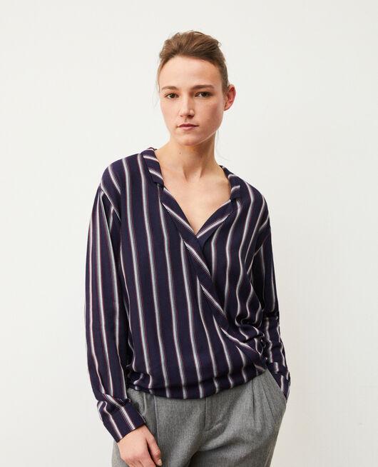 Bluse mit Pyjamakragen Blau